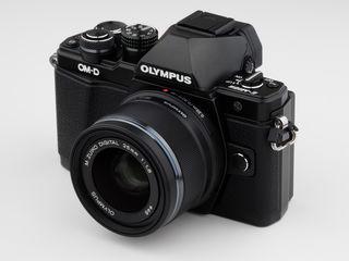 Olympus om-d e-m10 ii ;olympus digital 9-18mm 1:4-5.6ed  ;panasonic lumix g vario14-140