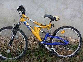 Vind bicicleta in stare buna urgent