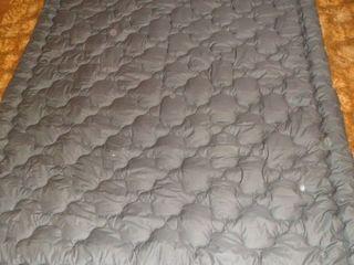 Одеяла фабричные (овчина натур.100%) и Ковер ручной работы. НОВЫЕ