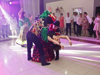 Dansatori profesionisti!