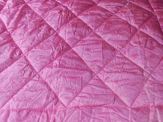 Новые стеганые: шерстяное и хлопковое одеяла. Наполнитель-шерсть 100% и хлопок 100%.