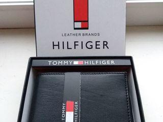 Новый в коробке кошелек Tomy Hilfiger (коНовый в коробке кошелжа) 455 лей(возможна доставка +50 лей)