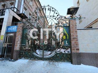 Сдаётся в аренду комплекс, Кишинев, Центр Б. Бодони 219 m