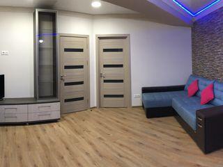 Chirie! Apartament cu 3 camere în bloc nou, Centru - str.Lev Tolstoi, 550 €