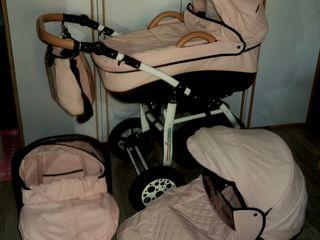Carucior pentru copii 3 in 1 Carina cu scaunel auto. Stare foarte buna.