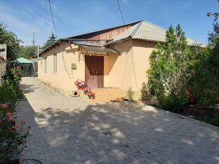 Продам дом в центре Крикова