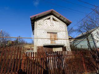 Casa cu 3 nivele, Tohatin, 80 mp, 33500 € !