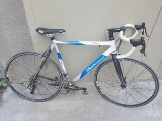 Biciklete de sosea se poate si la piese orice piesa