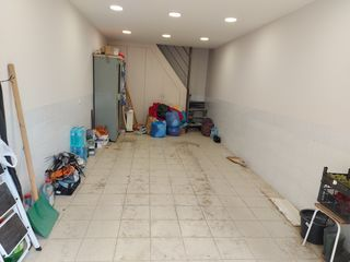 Garaj +oficiu Riscani