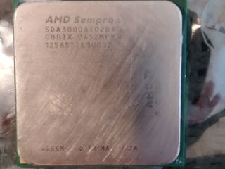 se vinde AMD Sempron,Intel Celeron,intel Pentium 4,Mobile Intel Pentium 4 Processor - M 1.90 GHz,