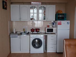 Vind urgent apartament pret 11500