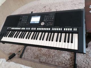 Yamaha psr s-950 ideala, ca nouă!