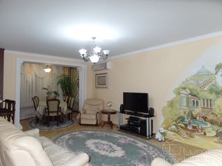 Шикарная 3-комнатная квартира в новом доме. 108 м