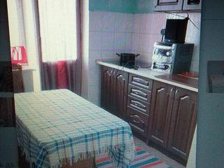 Apartament cu 3 camere pentru fete200euro