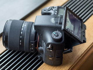 Sony A58,A33 . made in Japan.