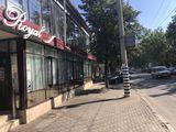 Витражная коммерция 100 кв.м. на 1-ом этаже на ул.Крянгэ
