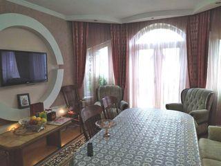 Продам 2х этажный, отличный дом для хорошей семьи.