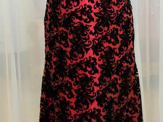 Продам нарядное вечернее эксклюзивное платье + - 3 размера