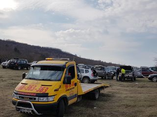 Evacuator, эвакуатор 24/24 Platforma 6 m. Платформа 6 м., Эвакуатор по Молдове
