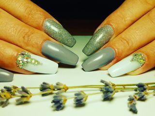 Shellac, corectia si alungirea unghiilor,Riscanovca
