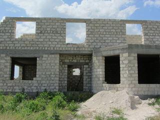 Срочно продам недостроенный дом в г. Слободзея, ПМР.