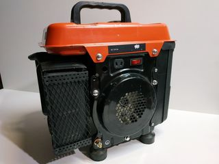 Продам б/у генераторы в рабочем состоянии Kraft tool 900w!!!