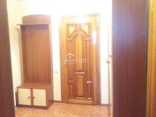 Se vinde apartament cu 2 odai, in orasul Cahul regiunea Autogara