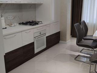 Apartament cu 2 odaie + living in Centrul capitalei!