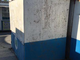 Продаю Киоск  металлический 2 х 2м со Стеклопакетом и Дверями - 270euro