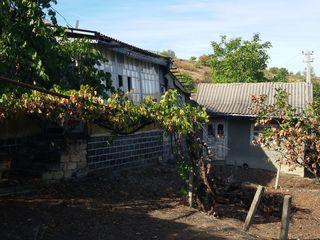 Se vinde casă în satul Buțeni raionul Hîncești. Este posibil și la schimb !