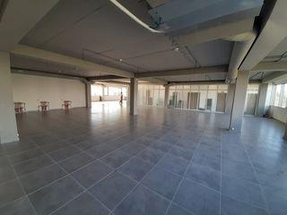 Сдаем офисное помещение на Чеканах 200м2-400м2 один этаж!Первая линия!По ул. М. Маноли!Цена с НДС!