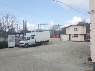 Chirie Depozit în stare Perfectă! str. Petricani 340 mp.