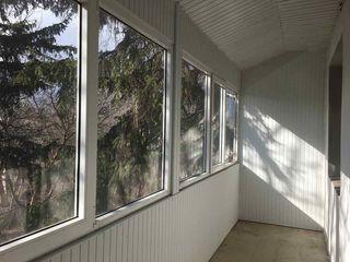 Отличная двухкомнатная квартира в новом доме на Малиновке (рядом с парком, возле колледжа) !