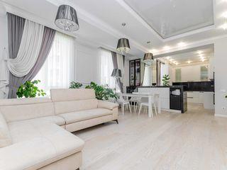 Centru, vânzare, apartament cu 3 camere, 198 000 euro