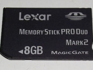 Настоящая оригинальная карта памяти для PSP,продам карту памяти для PSP