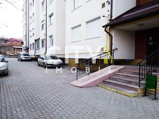 Продается 2-х комн. квартира, Яловены, Центр 63 m