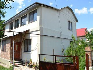 Casa centru Criuleni