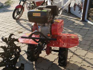 бензиновый мотоблок Зубр GN-4 (KX-3) +почвофреза