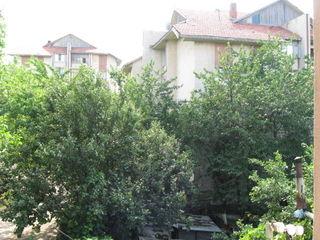Внимание 2-комнатная квартира в Яловенах  на 3 этаже не дорого