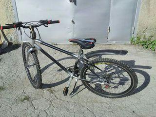Продаю велосипед.