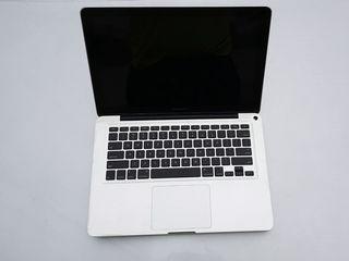 Продам на запчасти MacBook