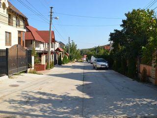 Teren în Dumbrava, traseu asfaltat, zonă de elită, 7 ari