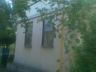 Продаётся дача в с.Кошерница, не далеко от Днестра (15 мин ). Участок 12 соток