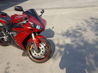 Yamaha R1      Urgent
