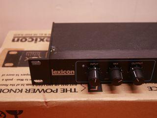 Lexicon Alex Digital Effects Processor (USA).