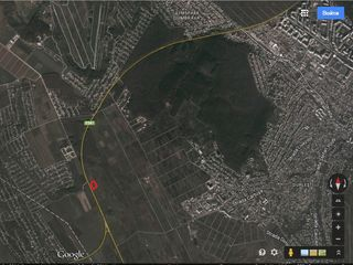 Teren agricol de perspectiva linga traseul E581 (Durlesti) 1500 euro/arul