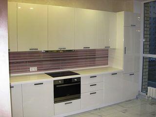 Кухни MDF High Gloss глянец  от 5000,00 лей м.п.