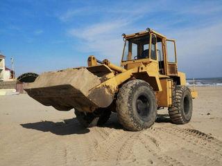 Dărâmarea caselor constuctiilor vechi evacuarea deseurilor nivelari de terenuri servicii de excavare