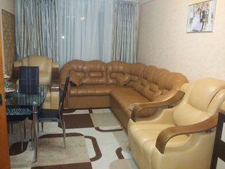 Se vinde apartament mobilat,toate conditiile pentru trai