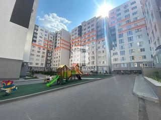 Telecentru str. Sprîncenoaia , 50 m2 , o camera și living , euro reparație